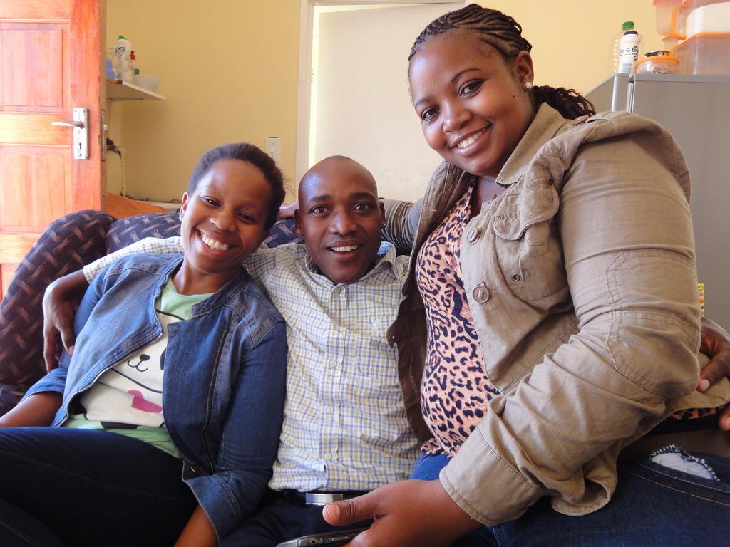 Unathi, Khonzani und Nobakhe (März 2014)
